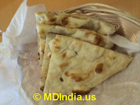 Bethesda Curry Kitchen Naan Bread © MDIndia.us