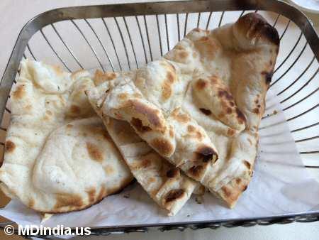 Kadhai Bethesda Naan Bread © MDIndia.us
