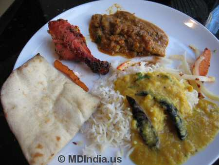 Tandoori Nights Bethesda Dal, Mushroom Curry © MDIndia.us